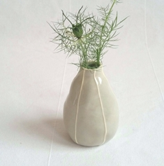 VIT ceramics, pear bud vase, modern pottery, contemporary ceramics, kri kri studio