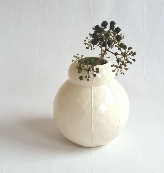 kri kri studio bubble-vase-white-crop.jpg